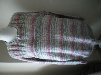 LOVELY LADIES ARAN TUNIC SYTLE JUMPER BUST 48-50 INCH