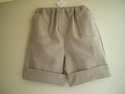 LOVELY BOYS HANDMADE BEIGE TURN OVER SHORTS 6/9 MONTHS