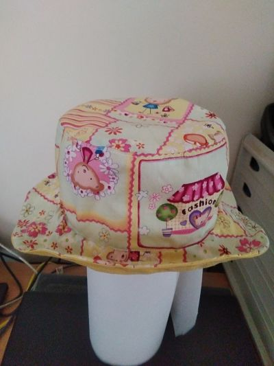 LOVELY HANDMADE UNISEX BUCKET HAT AGE UP TO 3 MONTHS
