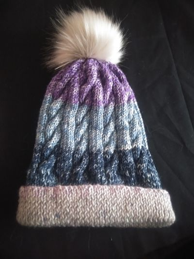 LOVELY LADIES HAND KNITTED HAT WITH POMPOM