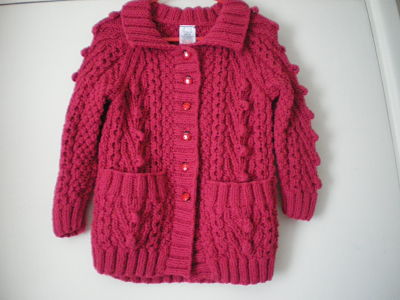 LOVELY GIRLS ARAN CARDIGAN AGE 2-3 YEARS