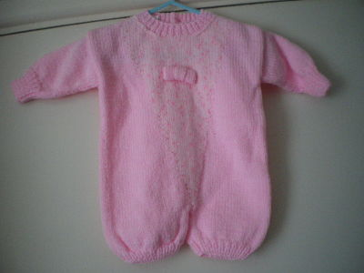 LOVELY BABY GIRLS ROMPER AGE 0-3 MONTHS