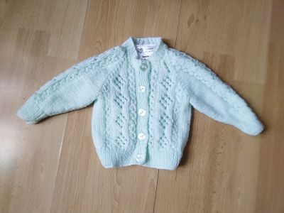 HAND KNITTED PALE MINT CARDIGAN BABY GIRLS CARDIGAN AGE 0-3 MONTHS