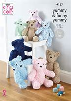 NEW OUT KING COLE YUMMY/FUNNY YUMMY TEDDY KNITTING PATTERN (9137)