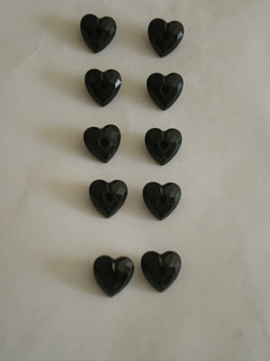 10 x BLACK HEART BUTTONS - 17MM