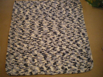 LARGE BABY BOYS CABLE BLUE MIX BLANKET