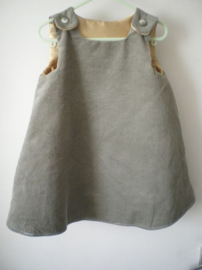 LOVELY GIRLS HANDMADE GREEN CORD PINAFORE DRESS - 3/6 MONTHS