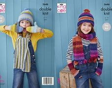 KING COLE BRAMBLES ACCESSORIES KNITTING PATTERN (5646)