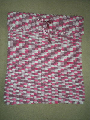 BEAUTIFUL GIRLS PINK MIX PRAM POMPOM BLANKET