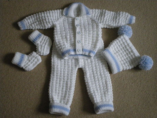 LOVELY HAND KNITTED BABY BOYS WAFFLED PRAM SET BLUE AND WHITE 0-3 MONTHS