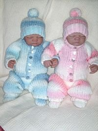 WINTER WARMER PRAM SET KNITTING PATTERN